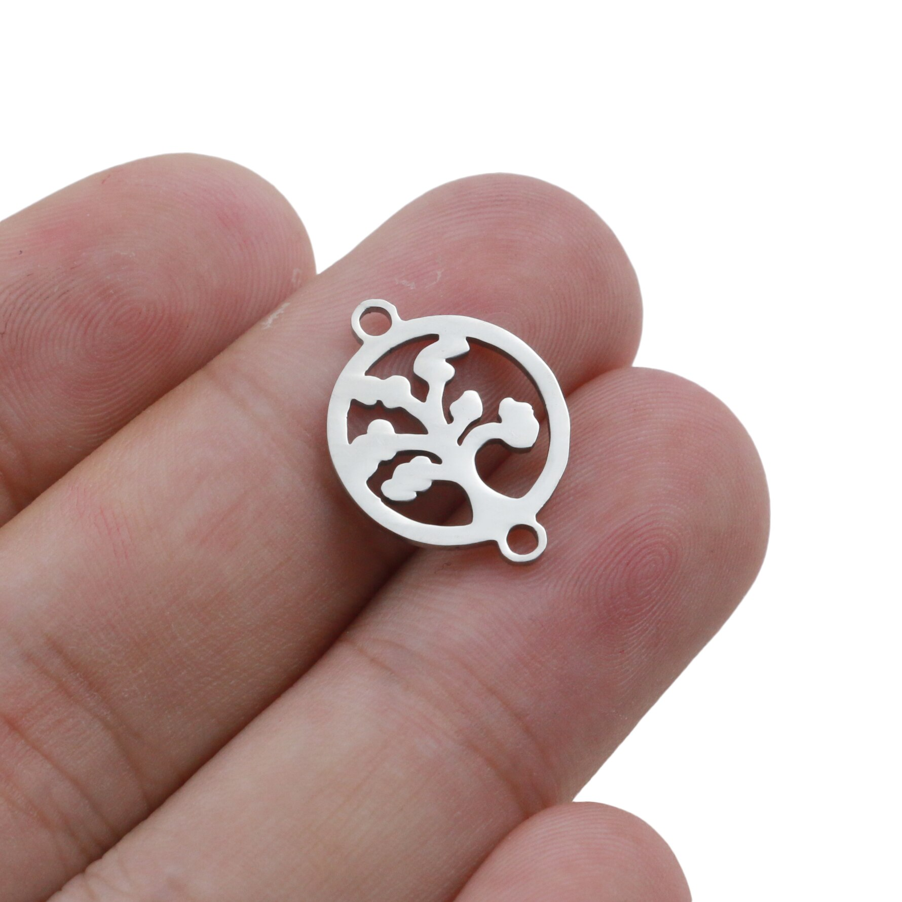 Metal Round Shaped Charms